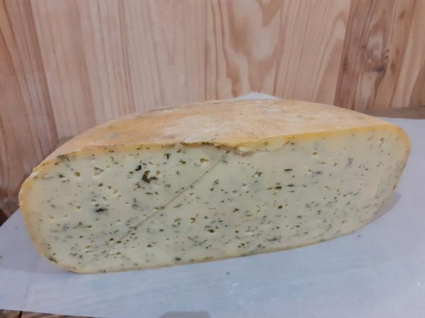 Gouda Ail, fines herbes et ortie environ 300g